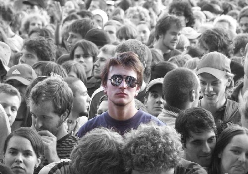 solo-nella-folla