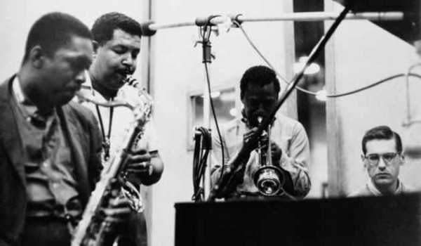 john-coltrane-cannonball-adderley-miles-davis-and-bill-evans-making-kind-of-blue