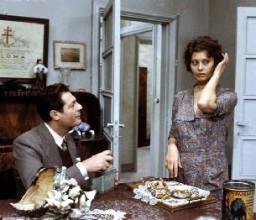 Sofia Loren e Marcello Mastroianni in Una giornata particolare