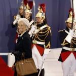 Christine Lagarde arrives al G20 Cannes 2011 con una Birkin Hermes