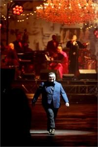 Elbaz cantante per una notte dopo lo show di Lanvin