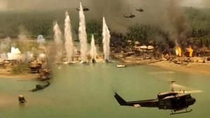 apocalypse now ELICOTTERI ATTACCANO