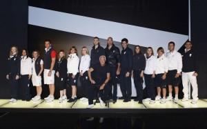 Divise olimpiche: Giorgio Armani con atleti