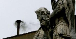 Roma è coperta dal fumo nero