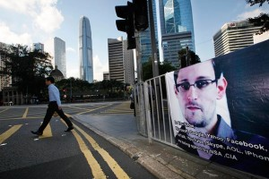 Un poster in supporto di Snowden in Hong Kong