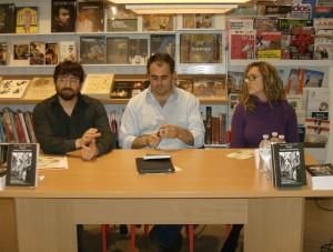 Presentazione: Enrico Cirelli e Carlotta Santini. Fra loro il giornalista Alberto Mazzotti.