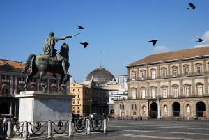 800px-Piazza_del_Plebiscito_monument_to_Charles_III._Napoli,_Campania,_Italy,_South_Europe[1]