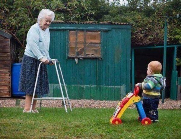 vecchiaia_infanzia_vita_circolo