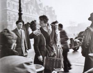 Doisneau Robert, Le baiser de l'Hotel  de Ville, Paris 1950