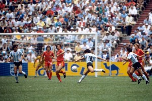 Semifinale di México 1986. Maradona-Belgio 2-0.