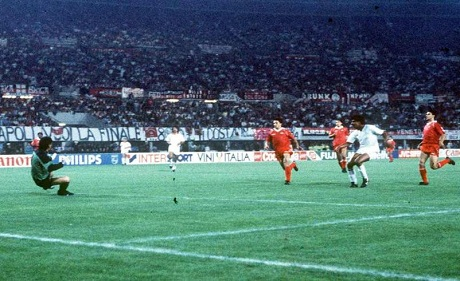 Il gol di Rijkaard che regala al Milan la Coppa dei Campioni 1990