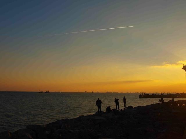 Il mondo reale, al tramonto.