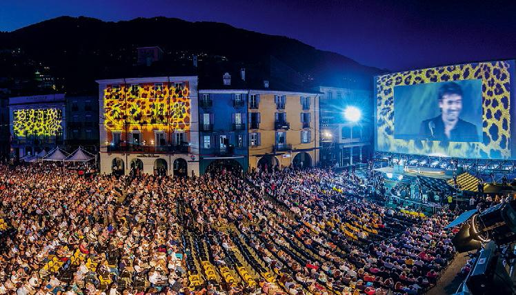 Le luci in Piazza Grande uno spettacolo prima del Grande Cinema
