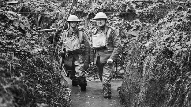 _72309045_10679314_mary_evans_flooded_trench