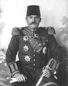 Essad Pasha Toptani, primo ministro di un paese ancora tutto da inventare.