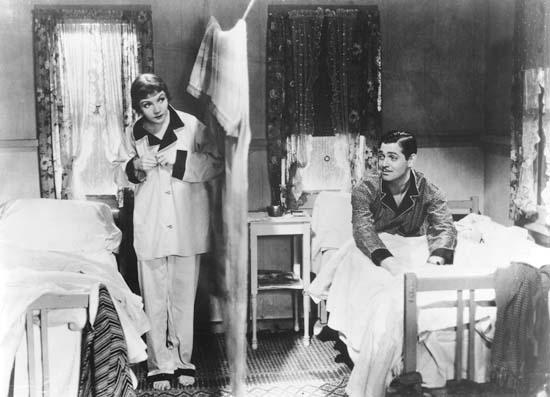 """Clark Gable e Caludette Colbert innalzano le """"mura di Jericho"""" in """"Accadde una notte"""" di Frank Capra"""