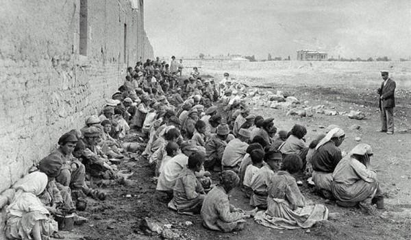 genocidio armeno muro