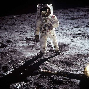 Aldrin sulla luna con Apollo 11