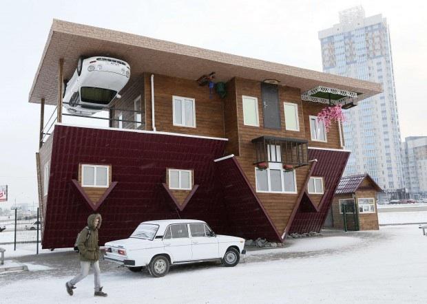 Siberia; la casa capovolta.
