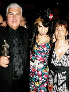 amy-winehouse-3-300 father and mother