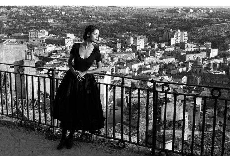 Dolce & Gabbana, collezione Donne vere