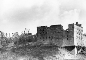 L'Abbazia di Montecassino dopo i bombardamenti alleati.