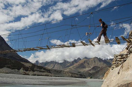 Ponte a Hussaini, Pakistan