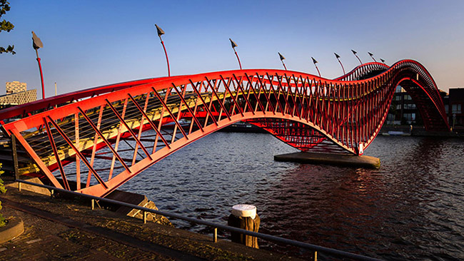Phyton bridge, Amsterdam
