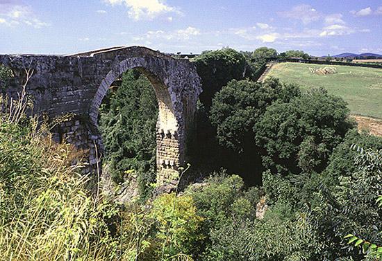 Ponte etrusco di Vulci