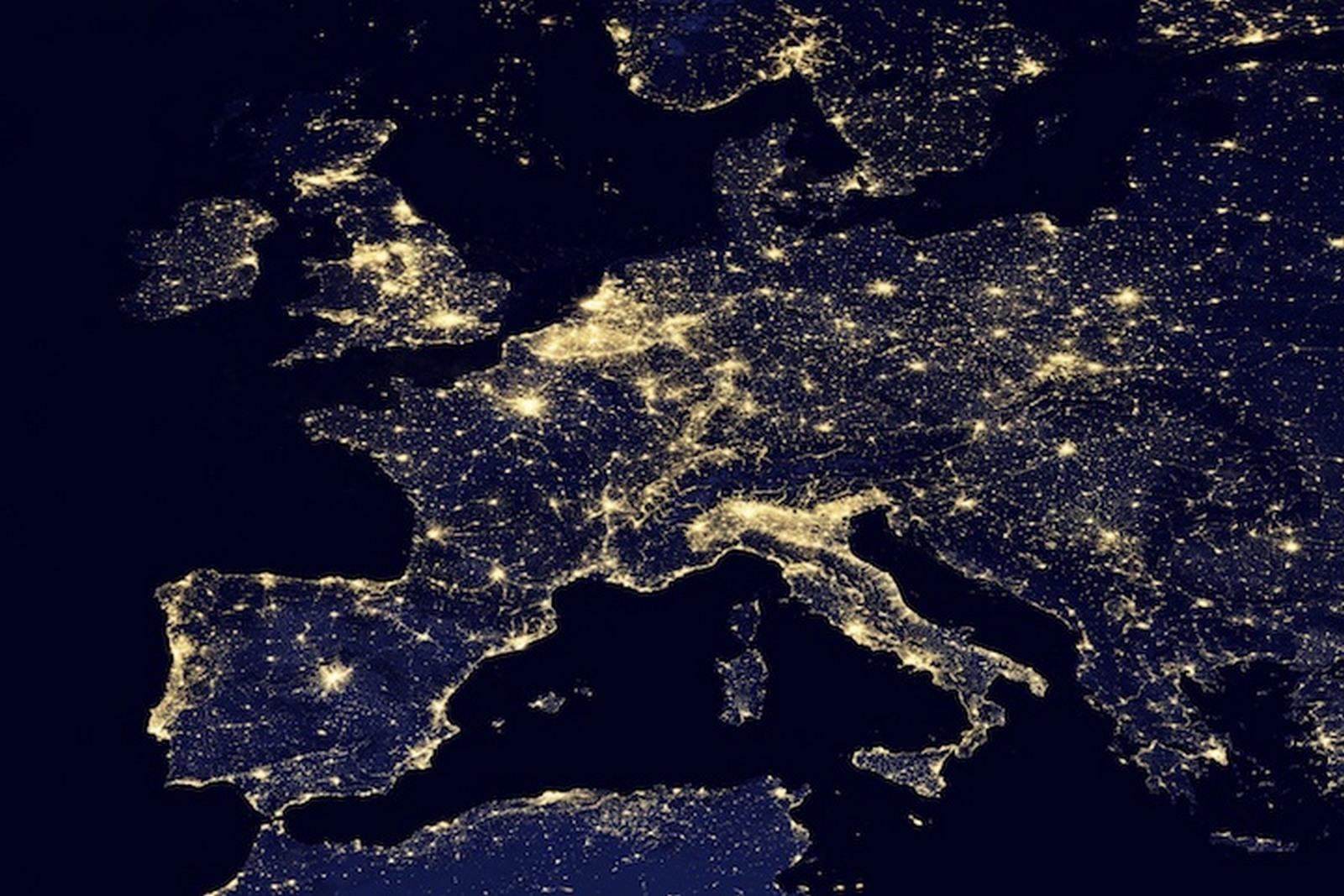 L'Europa vista dal satellite.