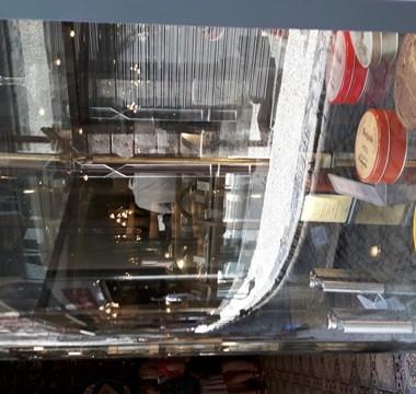La vetrina della Confeitaria Colombo