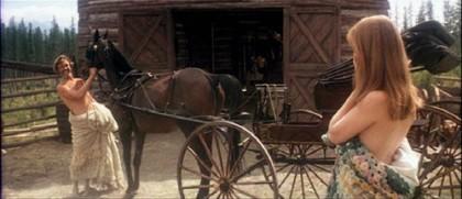 HeavensGate-Carriage