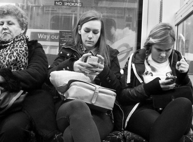 smartphone-e-conversazione-01