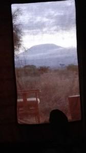 Certo, se dalla tua tenda vedi il Kilimangiaro è già un certo lusso...