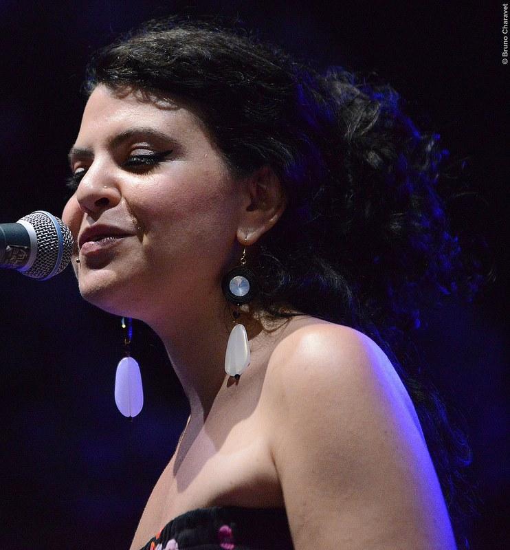 Ilenia Appicciafuoco, voce imperatrice di Pepper and the Jellies.