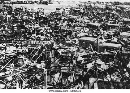 nel giugno  1940 trovare parcheggio a Dunkirk è impossibile
