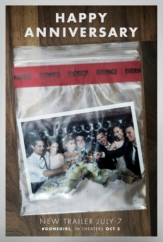 ben-affleck-and-rosamund-pike-wedding-photo-in-gone-girl-revealed