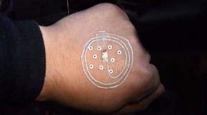 I-primi-circuiti-elettronici-stampati-sulla-pelle-in-3D-–-IL-VIDEO