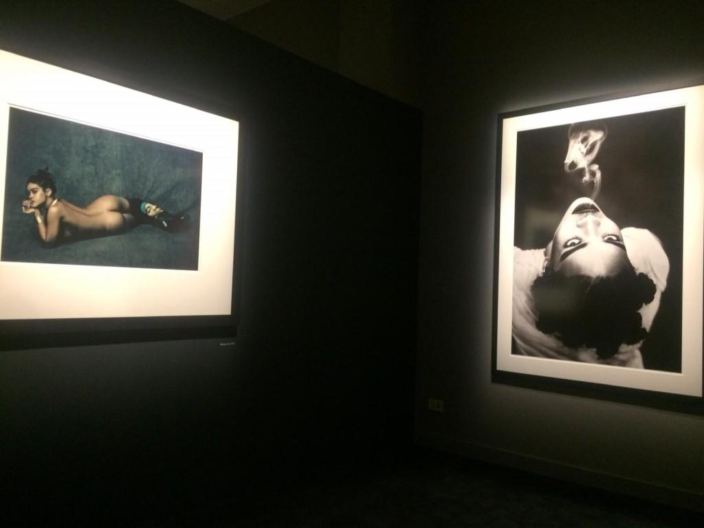Rihanna, sensualità in luce. Foto Paolo Roversi, Studio Luce.