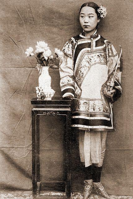 Ragazza cinese all'inizio del XX secolo