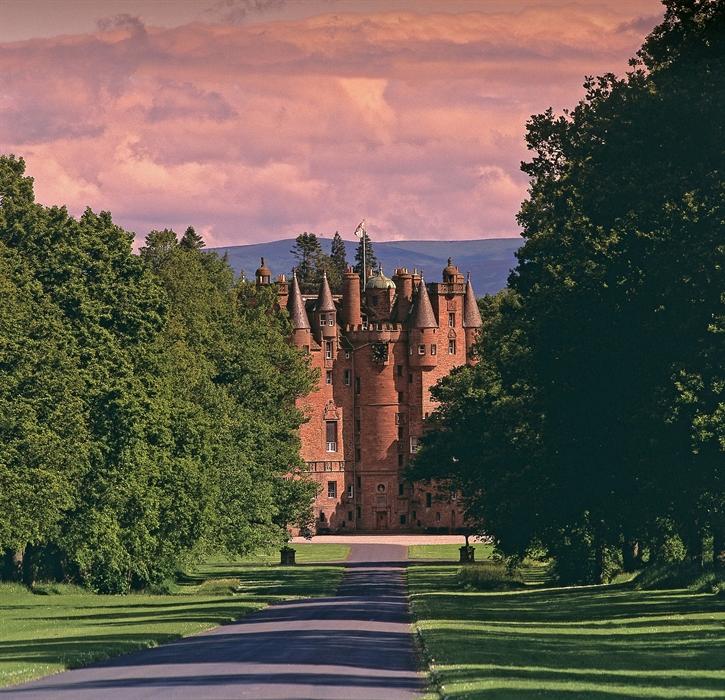 Il castello di Glamis in Scozia