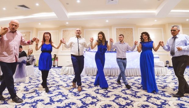 Wedding Horo dance - Bulgaria