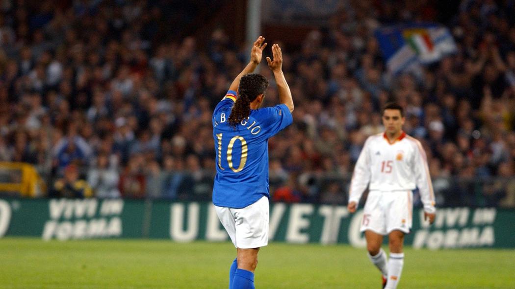 Baggio saluta per l'ultima volta il pubblico con la maglia Azzurra nel 2004